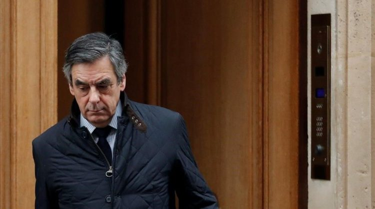 Francois Fillon  former French prime minister  member of The Republicans political party and 2017 presidential candidate of the French centre-right  leaves home in Paris  France  February 1  2017  REUTERS Christian Hartmann